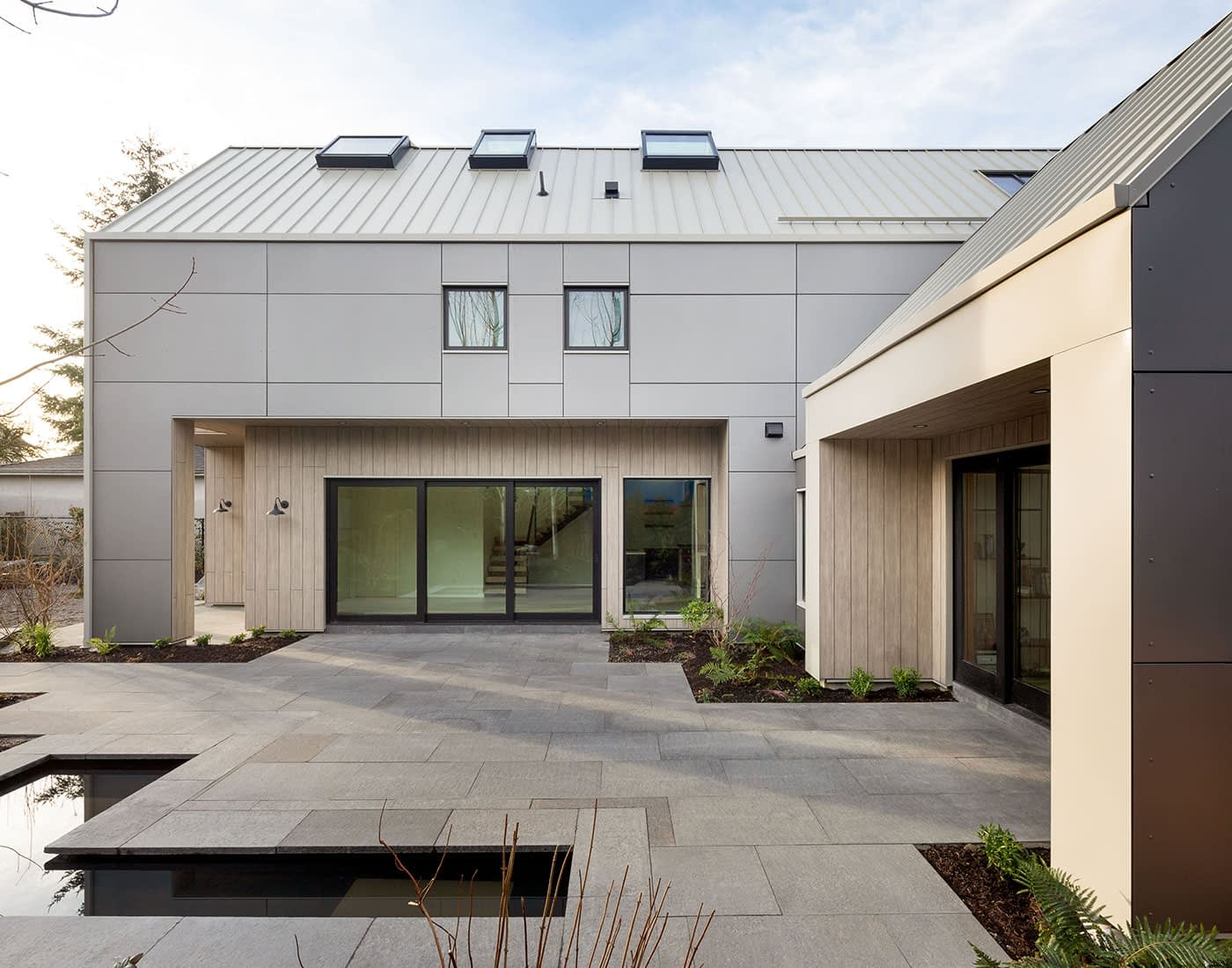 outdoor patio modern style