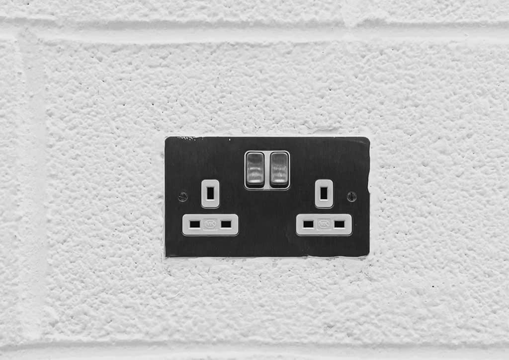 electric outlets in home renovaton